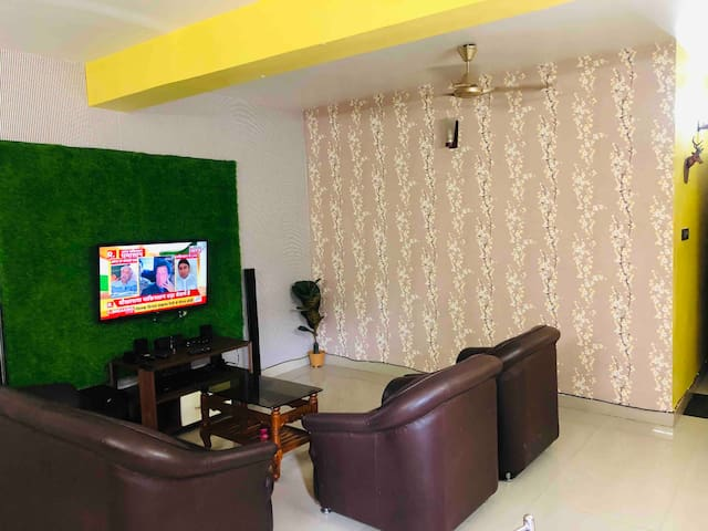 Modern amenities with bright, spacious, cozy rooms
