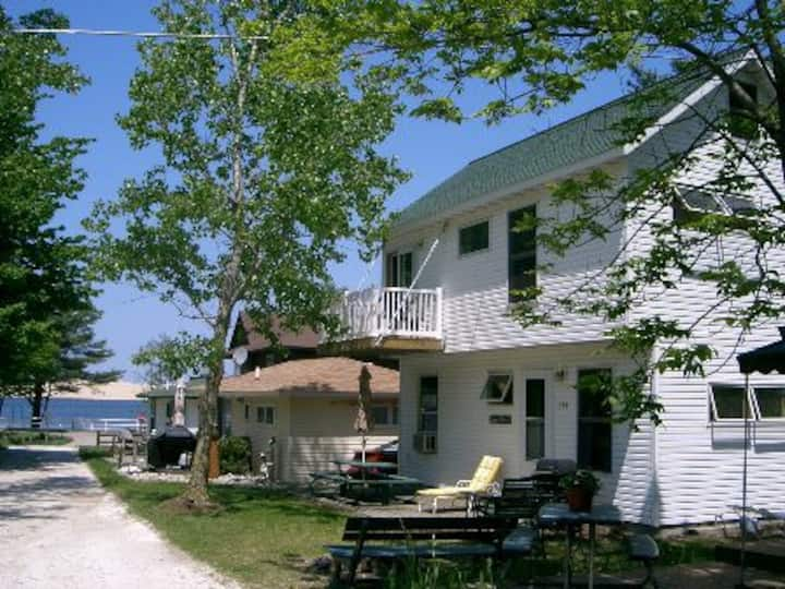 Silver Lake Dune Vista Cottage   Sat. to Sat. only