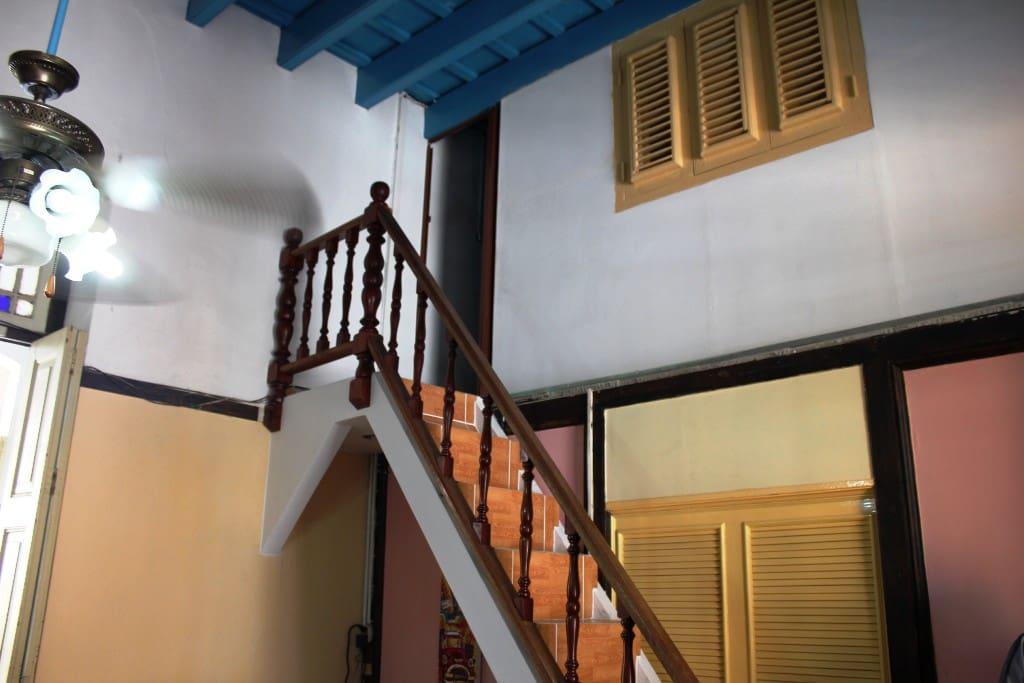 Escaleras Habitación