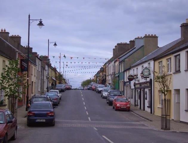louisburgh town