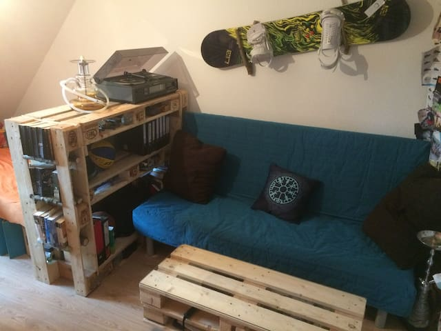 Room in Shared Apartment Close to the City Centre