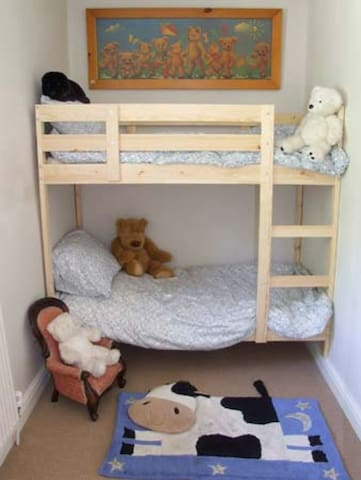 """Children's bunk-bed room. Beds are 160cm (5'2"""") long"""