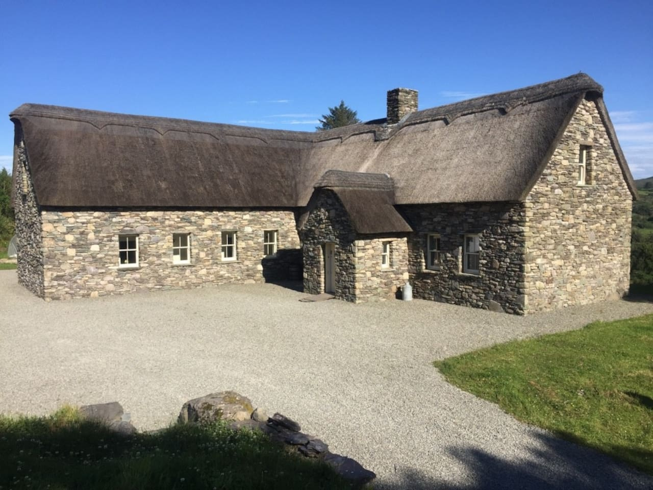 Bluebell Cottage Waterfall House, Dunmanway - potteriespowertransmission.co.uk
