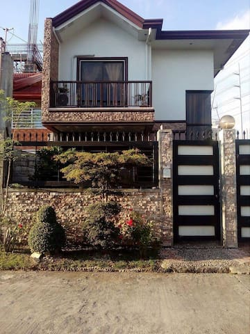 Home sweet Home - Quezon City - Townhouse