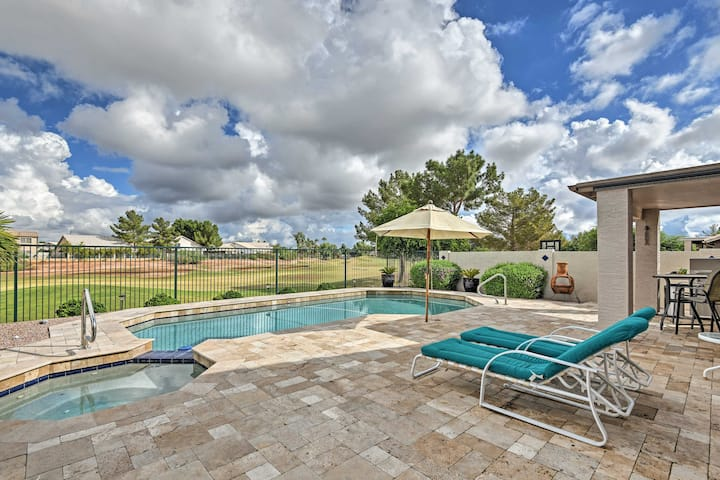 Gilbert House w/Pool & Hot Tub on Golf Course!