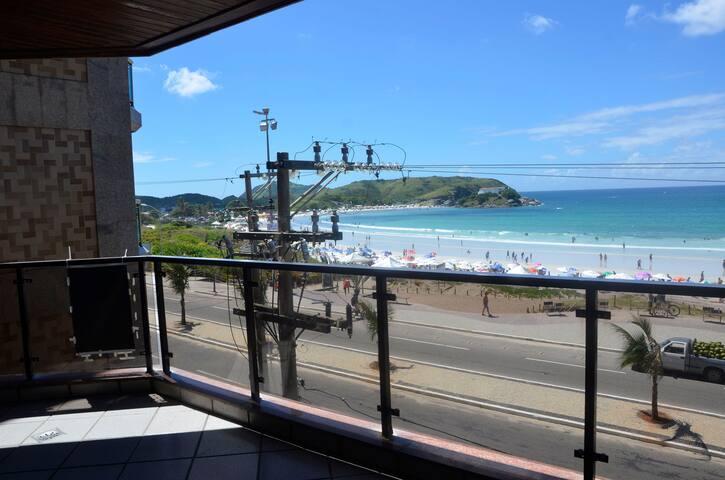 Lindo e bem localizado 3 quartos de frente p/ Mar - Praia do Forte