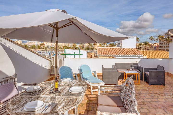 Fantastica casa vacanza al porto di Palma con terrazza sul tetto, aria condizionata e Wi-Fi