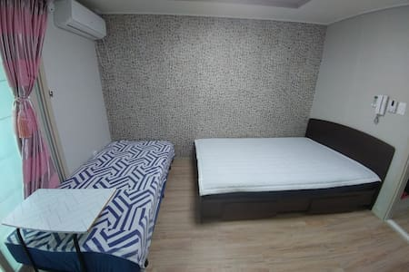 New Galaxy2 Studio(2×bed+Kitchen+Bathroom)