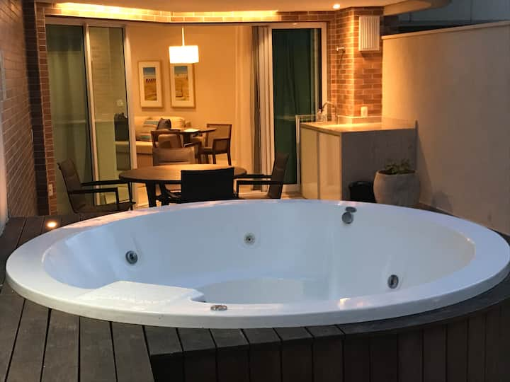 Flat Estanconfor Santos com Jacuzzi privativa !