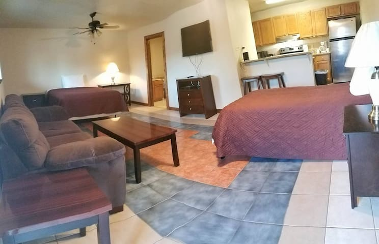 Three Rivers Texas, Furnished Apartment