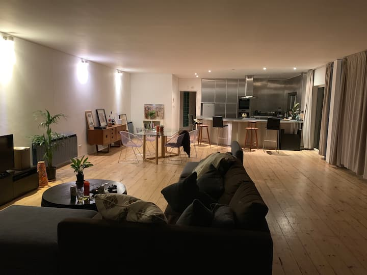 Penthouse in shoreditch with terrace! Sleeps 8
