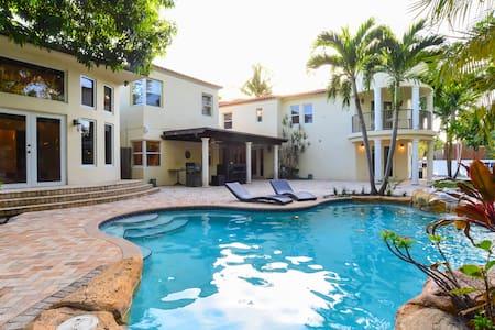 8BR Villa in Miami Beach / Movie Theater / Pool - マイアミ