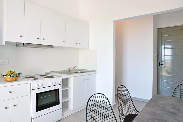 Two BedRoom Apartment Sea View - Rodes - Apartamento