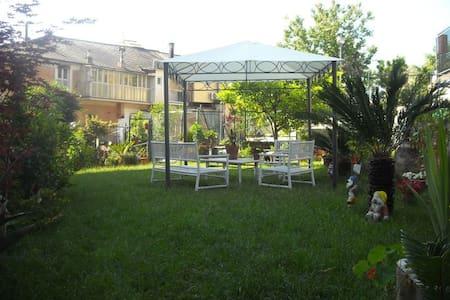 "Monolocale ""Gelso"" - Bonassola - Huoneisto"
