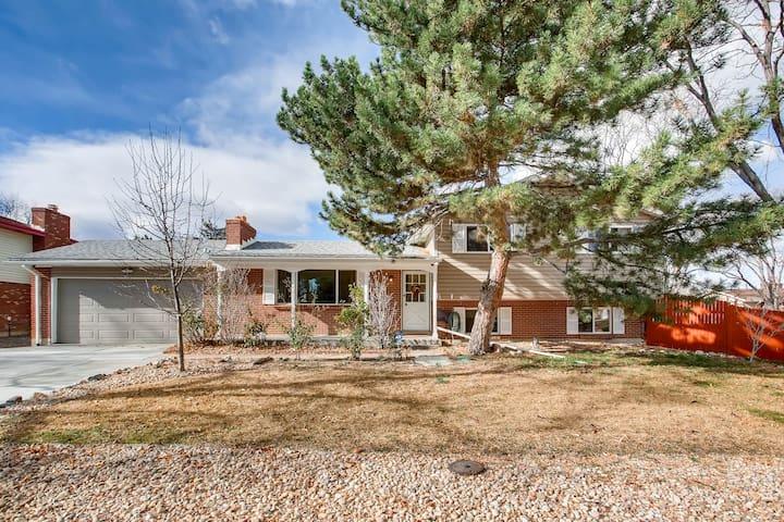 Whole house, near DIA, Cherry Creek, and DTC!