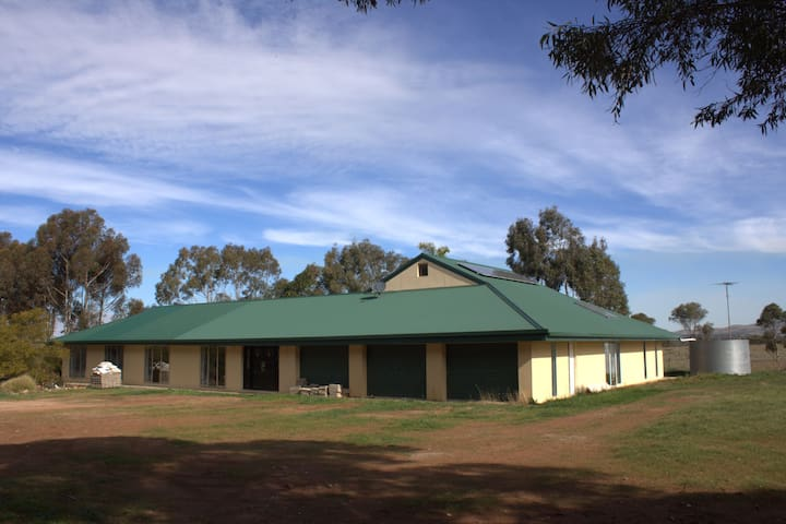 Country B&B home between the Murray and Barossa