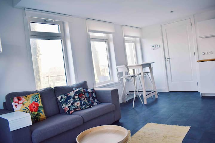 Apartment 1 close to Amsterdam and SchipholAirport