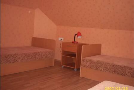 Rooms For Rent - Didžioji Riešė