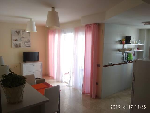 Апартаменты в Бенидорме (Benidorm, WiFi)