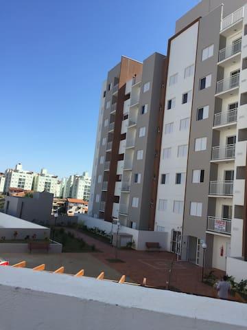 Apartamento novo em Valinhos - Valinhos - Apartment