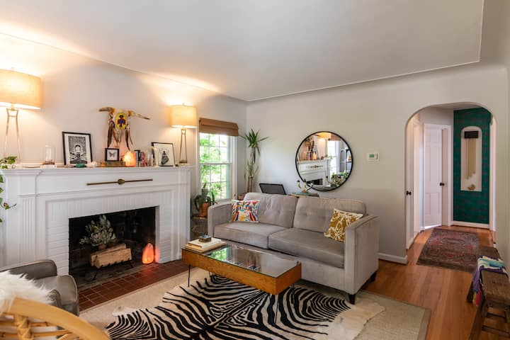 1940's Spacious Home with Modern Amenities