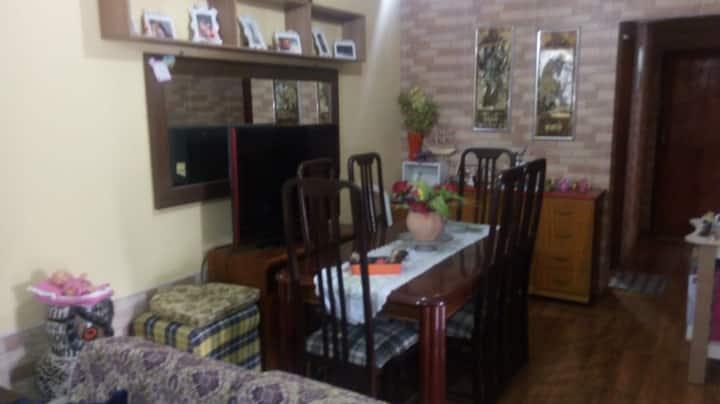 alugo quarto para casal sem filhos