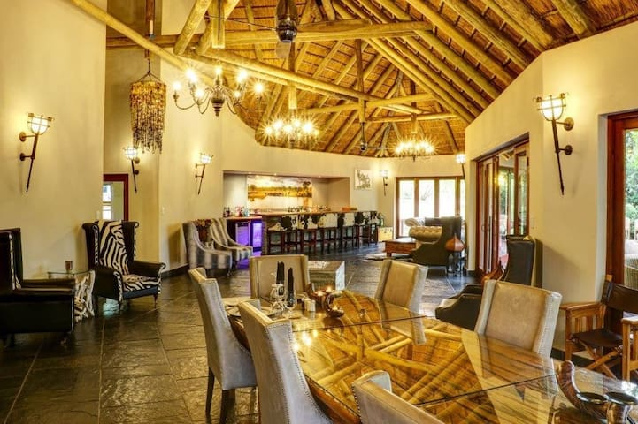 Luxury lodge on private reserve