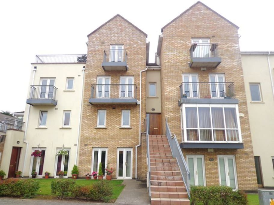 3 Bedroom Home Near Hospital Airport Dublin 15 Apartments For Rent In Dublin County Dublin