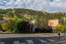 Studio Condo in the Heart of Aspen!