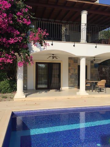 Villa Zeytin with private pool.