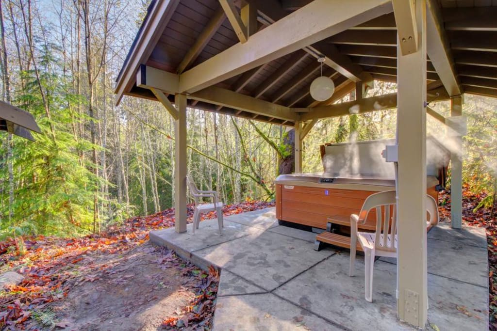 Beautiful Outdoor Hot Tub in a Forest Setting for the Ultimate Relaxation