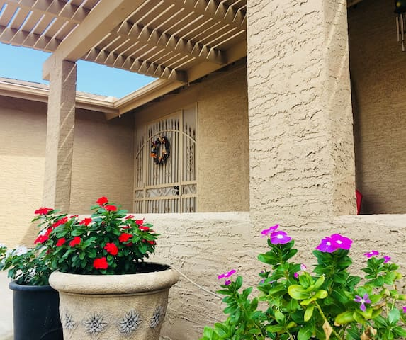 Choice Oasis in Sun Lakes **Adult Community**