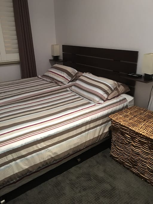 Twin King Single beds