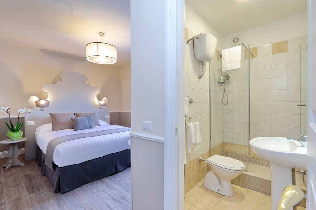 ROOM2 AND BATHROOM ENSUITE