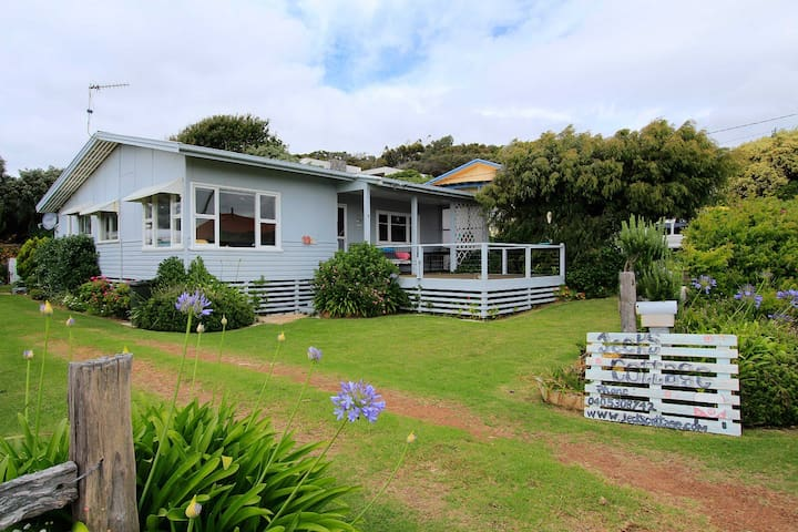 Jecks Cottage- Beachside Living - Augusta - Dom