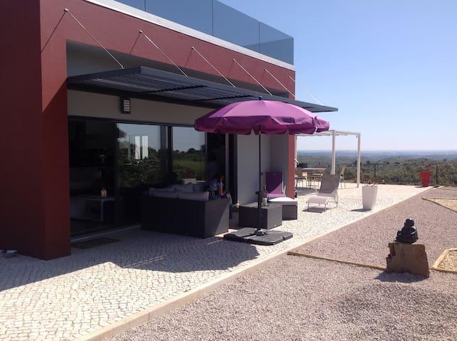 Casa com piscina, perto de Tavira e VRS António. - Vila Nova de Cacela - Casa