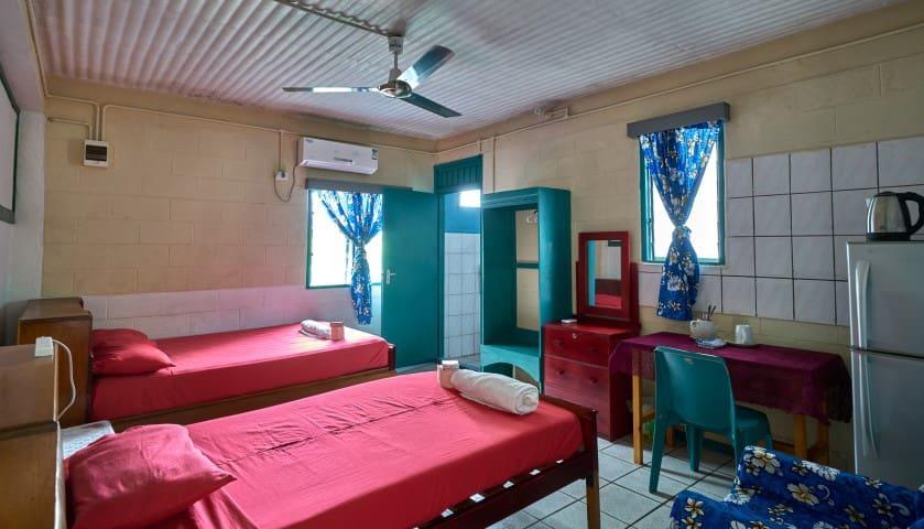 ESFAM Hotel , Tuvalu