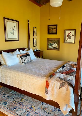 Master bedroom features queen Tempurpedic mattress. Views from your bed through wall of windows.