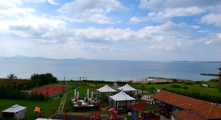 Luxury Beachfront Apartment Sarafovo Sea Club