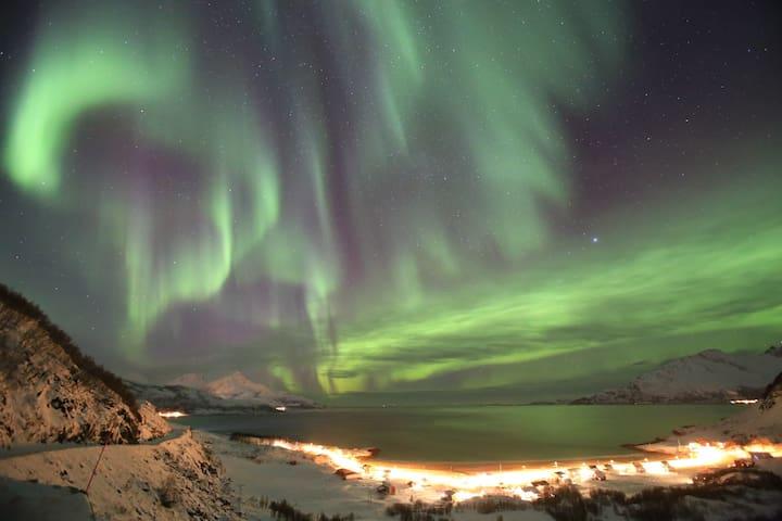 Room - Tromsø - Kvaløya - Kaldfjord - Eidkjosen