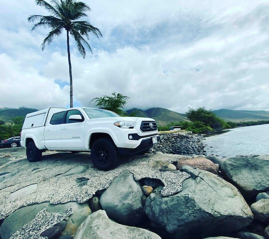"Island Camping Hawaii  ""White Lightning"""