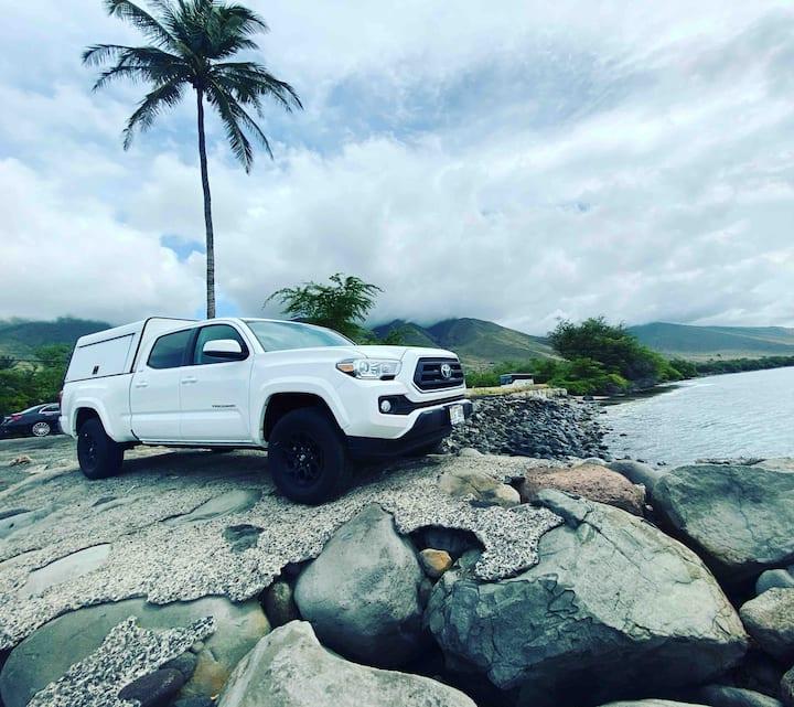 "Island Camping Hawaii  ""White Lightning"""