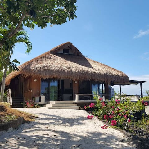CLIMACO BEACH - MACTAN BEACH HOUSE