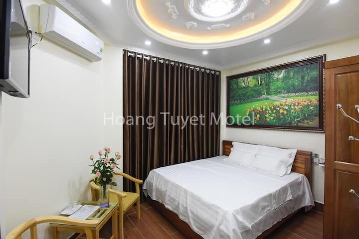 Hoang Tuyet Guest House - Cute Luxury Room