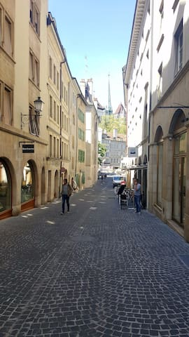 Lovely apartment in the heart of Geneva's old town