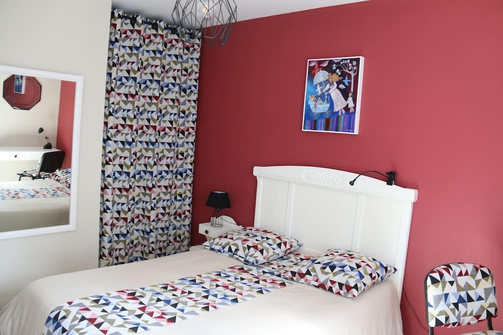 Chambre 1 un lit 2 personnes