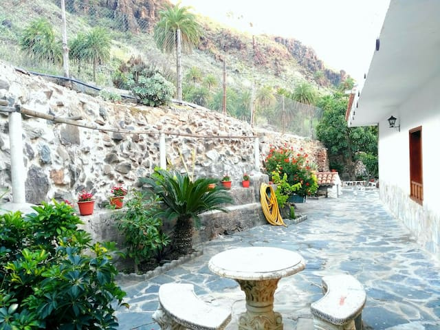 House relax and paradise in Fataga - Fataga - Villa