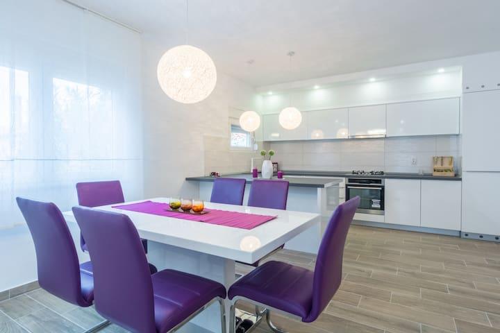 Dea & Ivana Apartment - Zadar - Huis
