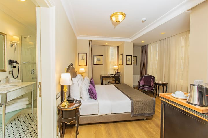 Deluxe King Room - İstanbul /Beyoglu / Galata - Bed & Breakfast