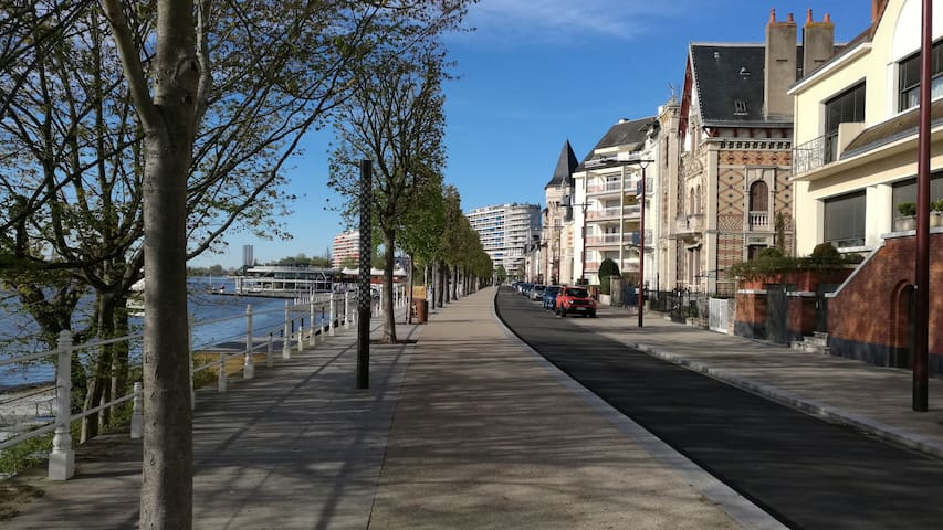 Appartement spacieux à 1 min du lac d' Allier - Vichy - Wohnung
